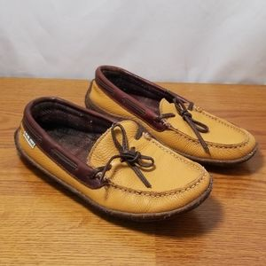LL Bean Yellow Leather Fleece Lined Slippers